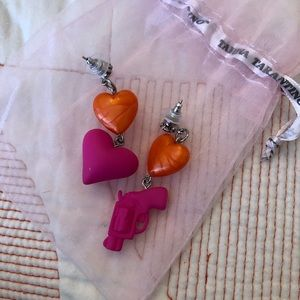 Tarina Tarantino Love Kill Earrings EUC